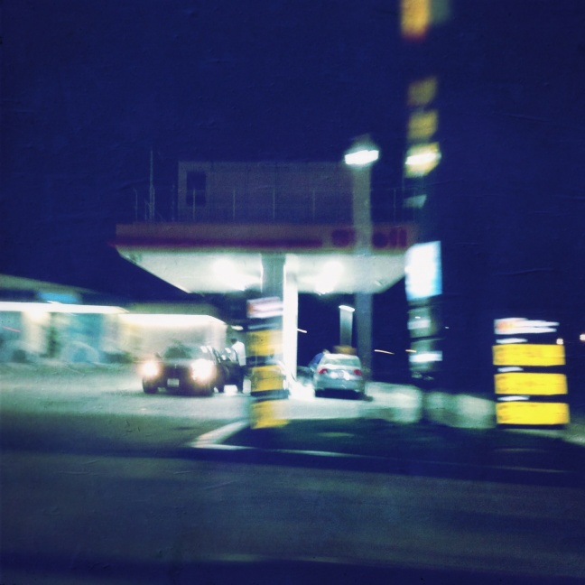 gas_station_night